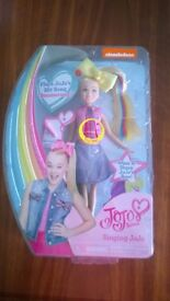 JOJO SIWA SINGING DOLL - BRAND NEW