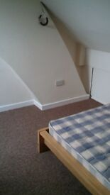 rooms to rent in wrexham close to town centre