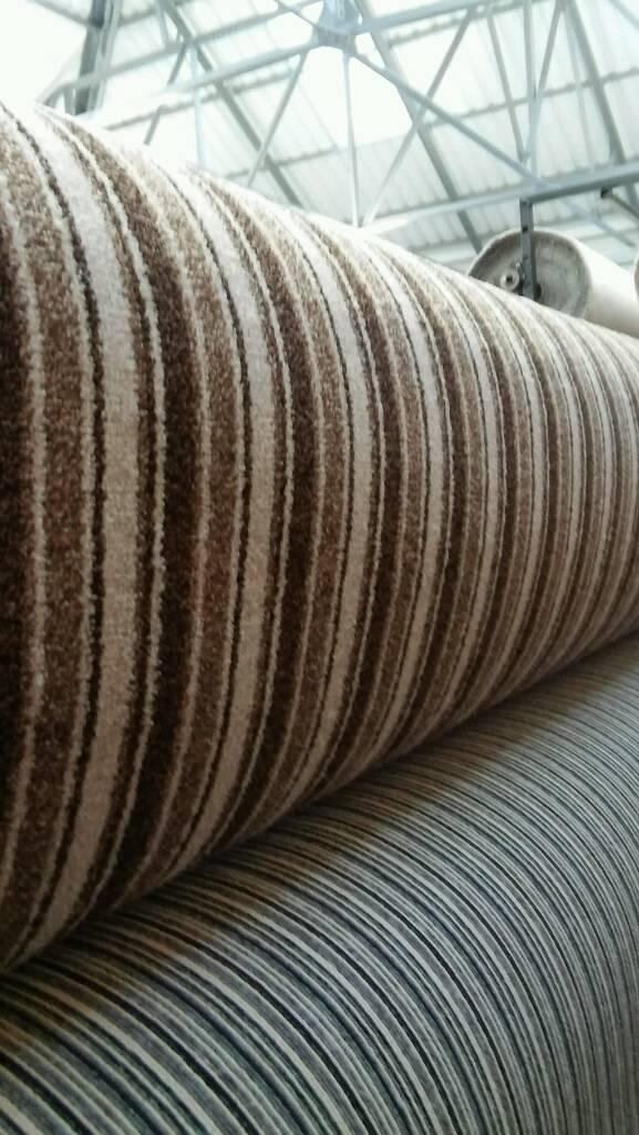 Stripe saxony carpet