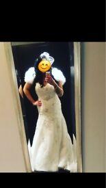 Beautiful sweetheart fishtail lace wedding dress size 12-14