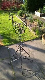 wrought iron plan stand