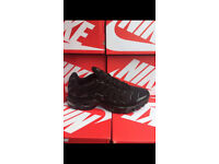 ca00c8f227a Mens Black Nike Air Max TN Trainers
