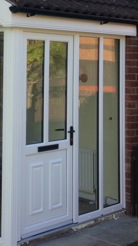 2 pvc white doors and sidelights, brand new misfits.