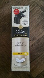 OLAY weightless total effects moisturiser6