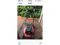 Lawnmower without grass box