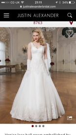 Stunning New Justin Alexander Wedding Dress size 10 - not worn