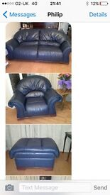 Exquisite blue 3/2/1 with matching footstool