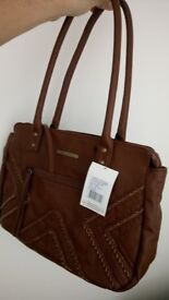 volcom handbag. totaly new