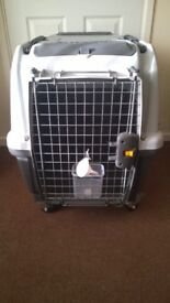 Large sized Dog - cat - rabbit - pet carrier on wheels
