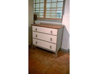 Solid oak chest of drawers - shabby chic