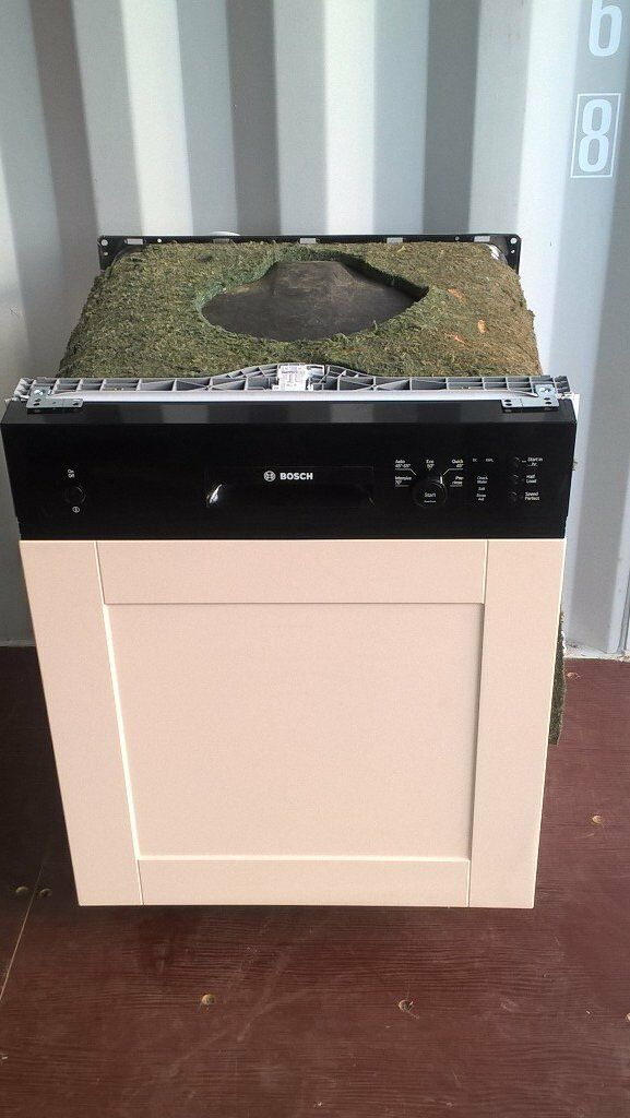 Bosch S16P1B integrated dishwasherin Winchester, HampshireGumtree - Bosch S16P1B integrated dishwasher fully working clean and in good condition for sale. The item can be collected from Winchester or delivered free of charge to address within 6 miles of SO22 4AU, call or text to arrange thanks