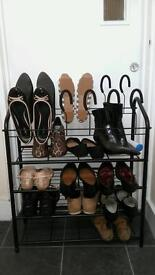 Shoe rack - very good condition (used only 3 weeks)