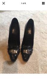 Gucci heels size 3.5