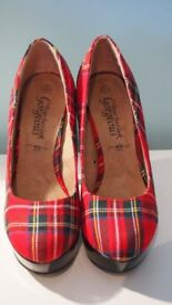 Brand New Ladies Court Shoes