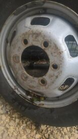 ford iveco wheel 5 stud 205/65/16 tyre close to limit 40 ono 07562112181
