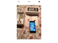 Apple iPhone 5s 16gb EE space grey good condition look with box complete