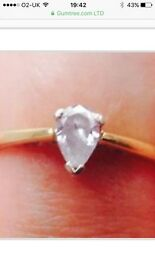 18ct Pear Shaped Diamond Ring