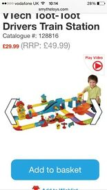 VTech Toot Toot Bundle including Train Track