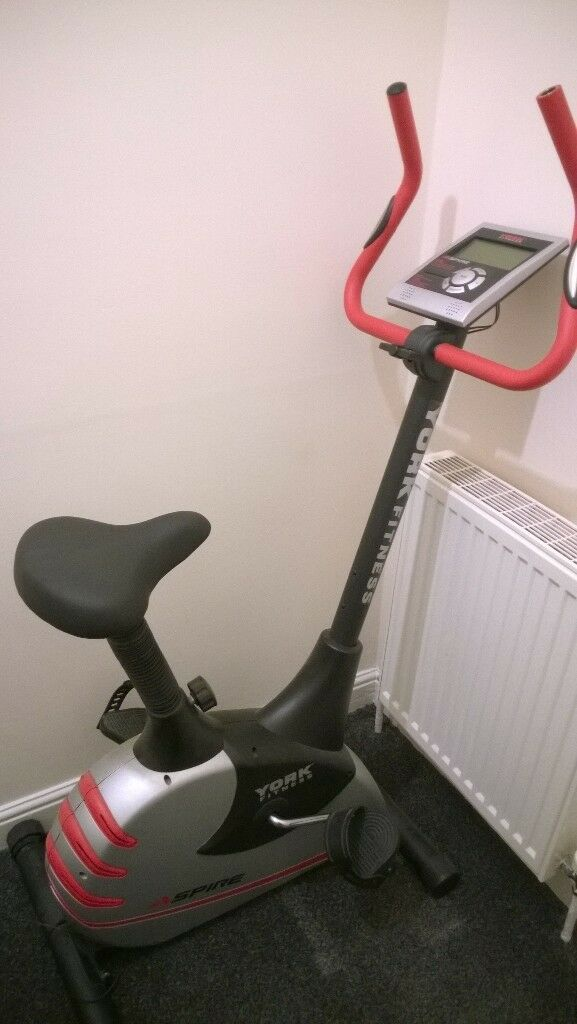 York Aspire Magnetic Exercise Bike - Pulse Sensor - Digital Display - Good Condition and Working