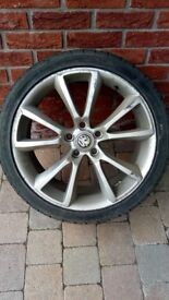 "Wanted 18""vxr astra wheel"