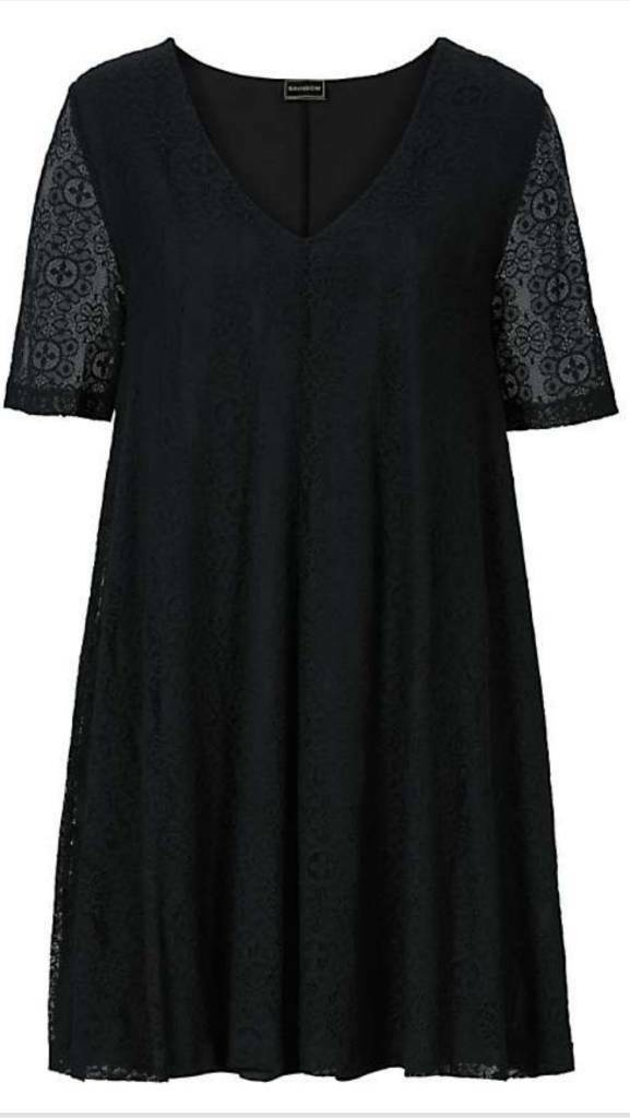 Black Lace Dress Size 26/28