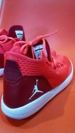 Jordan trainers size uk 7