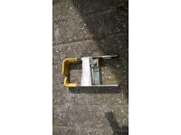 Bulldog wheel clamp lock