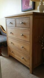 Solid Light Oak 5 Drawer Bedroom Chest Unit/Chest of Drawers
