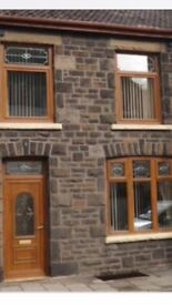 3 bedroom 3 storey house to rent
