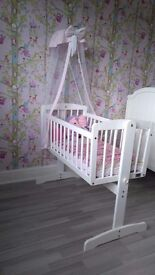 VIB rocking crib with canopy and mattress