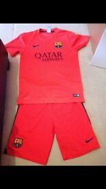 Barcelona football kits men's size s