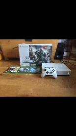 Like new Xbox one S for sale plus games