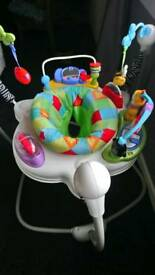 Baby activity centre/bouncer