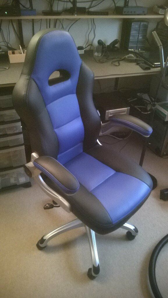 Brilliant Staples Foroni Faux Leather Executive Office Chair Black Blue In St Ives Cambridgeshire Gumtree Dailytribune Chair Design For Home Dailytribuneorg