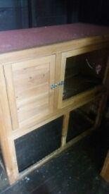 Lazy Bones Two Level Hutch (From the Range) £80 new, 8 months old and in good condition