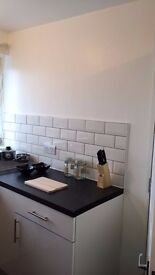 Double room offered, Stratford, Westfield, near station, underground, bills included, new appliances