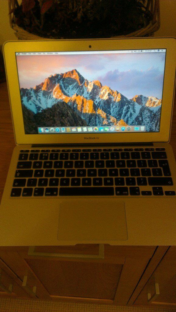 MACBOOK AIR 11 2012in Walthamstow, LondonGumtree - I am selling my macbook air 11 model A1465 2012 specs are processor 1.7ghz intel core i5 memory 4gb 1600mhz graphics intel hd 4000 SSD 64GB OX X EL CAPITAN the laptop is working in very good condition with battery cycle count 282 rarely used, and...