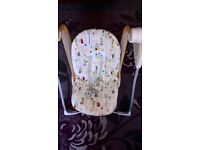 Graco Baby Battery operated swinging chair.