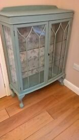 Painted Furniture, Elegant Valuables/ China Display Cabinet