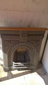 "Fire place cast iron excellent condition, reclaimed. Heigth 37"" x Width 31"""