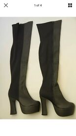 Women's size 4 over the knee boots
