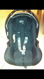 First car seat 0-9 months with base