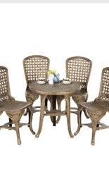 Brand new still in box garden furniture set