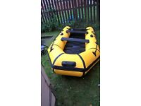 boat,inflatable with 5 hp 4 stroke outboard year 2006