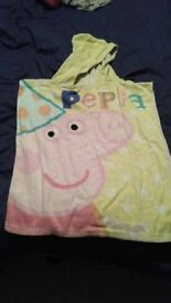 PONCHO HOODED TOWELL - PEPPA PIG/JAKE AND NEVERLAND