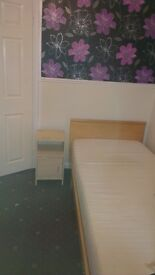 *Available 17 Sept* Single room for student, near Birmingham Uni, inc bills