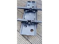 HEAVY DUTY UNIVERSAL WALL BRACKET FOR LARGE TV, ROTATE &TILT ADJUSTABLE
