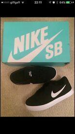 Nike SBs skate shoes UK3