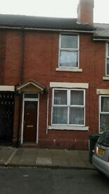 2 bedroom house to let.eastwood.hb welcome .no agents fees