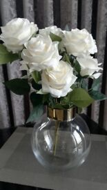 Artificial 9 white roses bouquet (x2)